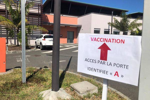 La vaccination passe à la vitesse supérieure