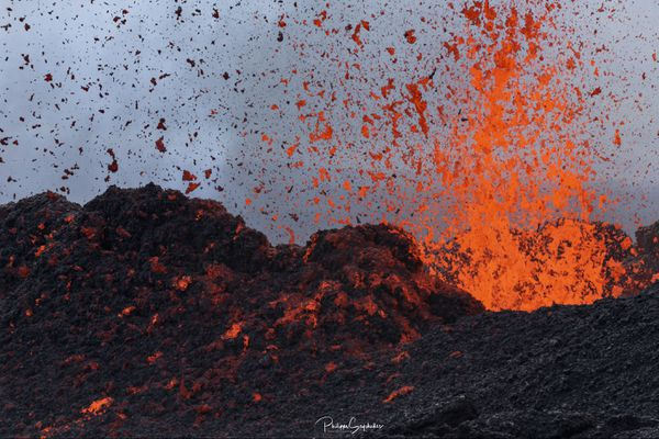3ème éruption de 2020, photos de Philippe Seychelles