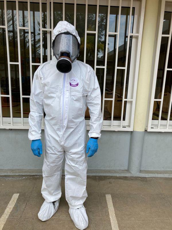 Opération désinfection à l'école du centre des Avirons