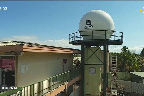 Une antenne pour recueillir des données météo