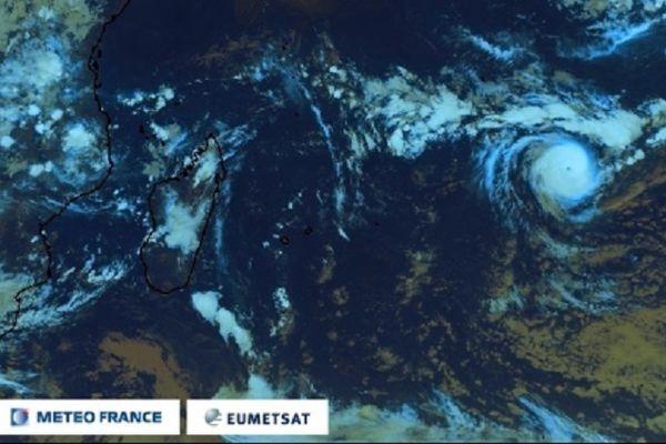 Faraji est le premier cyclone intense de la saison dans le sud de l'Océan Indien