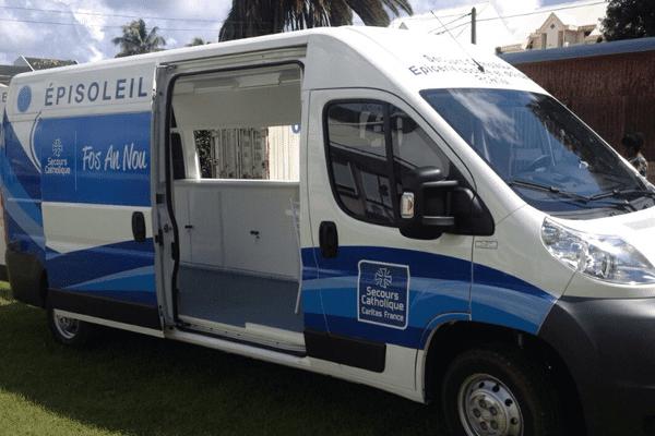 camion secours catholique