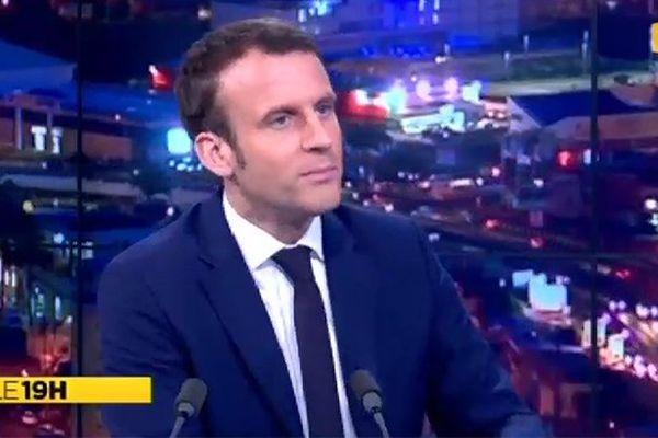 Emmanuel Macron invité du JT
