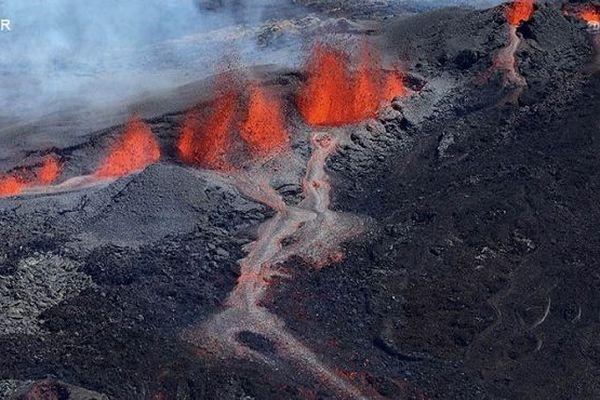 Le Piton de la Fournaise est entré en éruption à 4h25 ce samedi 15 septembre.