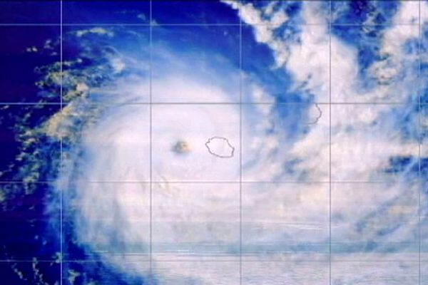 Image satellite du cyclone Bejisa