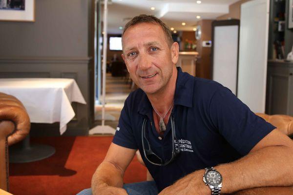 Patrick Deixonne, fondateur de l'Expédition 7e continent au Rugby club à Paris, le 24 juin 2015