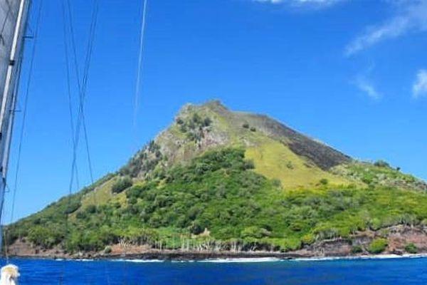 Ils ont exploré Mehetia, l'île secrète