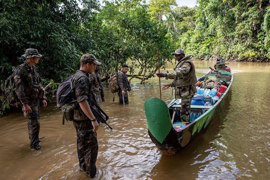 """Orpaillage illégal en Guyane : saisies en """"quantités industrielles"""" - Outre-mer la 1ère"""