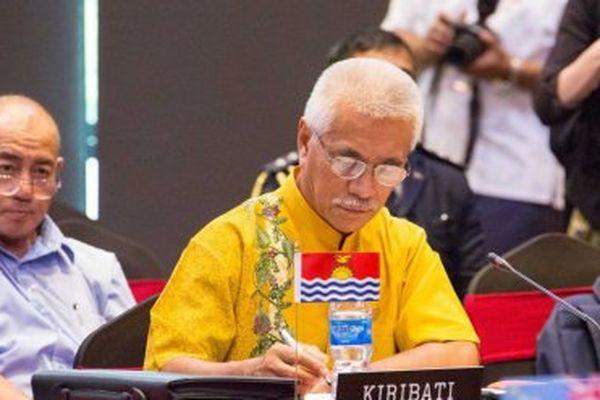 « On attend de nos grands frères qu'ils nous soutiennent », déclare Anote Tong, le président des Kiribati