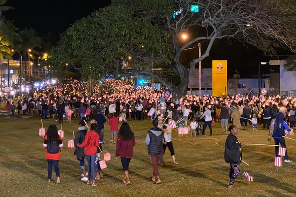 Retraite aux flambeaux / défilé des lampions, avant 14-Juillet, Nouméa, 13 juillet 2020