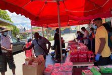 200 repas offerts par le temple karly aux plus démunis SDF