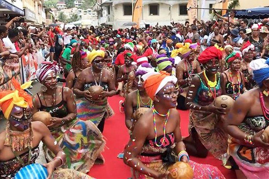 Le carnaval 2020 c'est aussi au nord de Martinique, avec sa traditionnelle grande parade - Martinique la 1ère