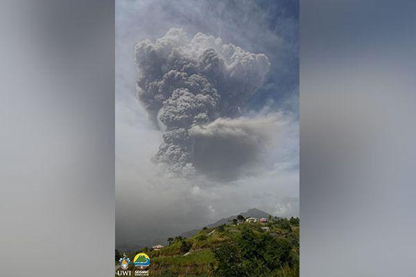Éruption de la Soufrière