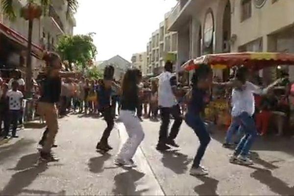 20140412  Flash Mob