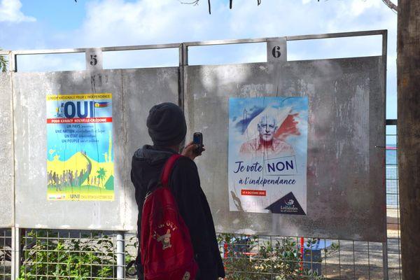 Référendum 2020, panneaux, oui, non