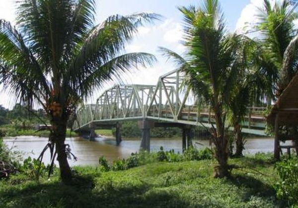 Le pont entre Albina et Paramaribo fermé