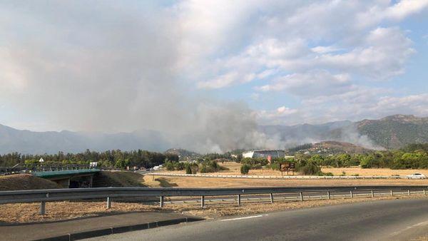 Le feu de Païta vu du bord de voie express, 14 novembre 2019