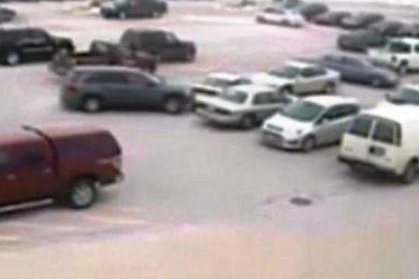 9 voitures embouties