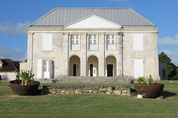 Habitation Murat, à Marie-Galante, écomusée des arts et traditions populaires.