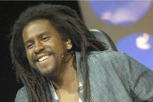Le chanteur de reggae français Tonton David en 2003.