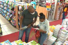 Le confinement autorise l'ouverture des librairies en Martinique (14 août 2021).