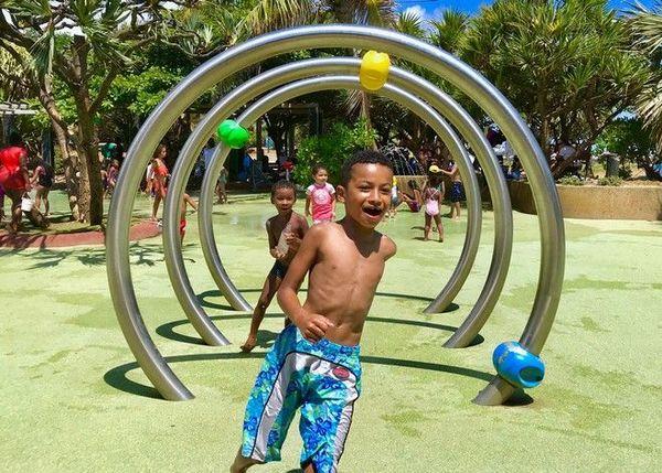 Jeux d'eau plage de Saint-Pierre 301218