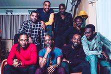 Les 8 musiciens du Big In Jazz collective en studio.