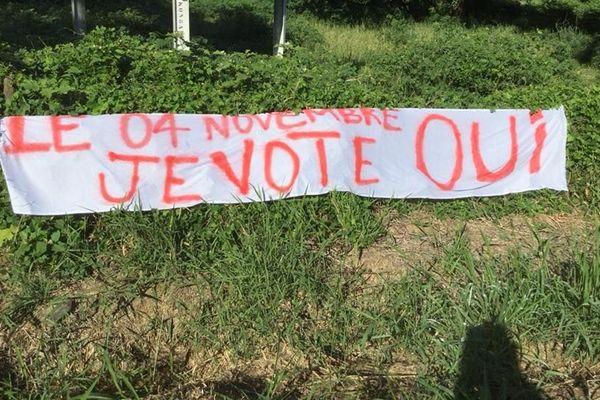 FLNKS : lancement de la campagne du OUI au référendum