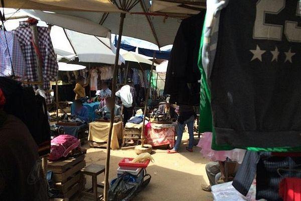 Marché d'Andravoahangy à Antananarivo