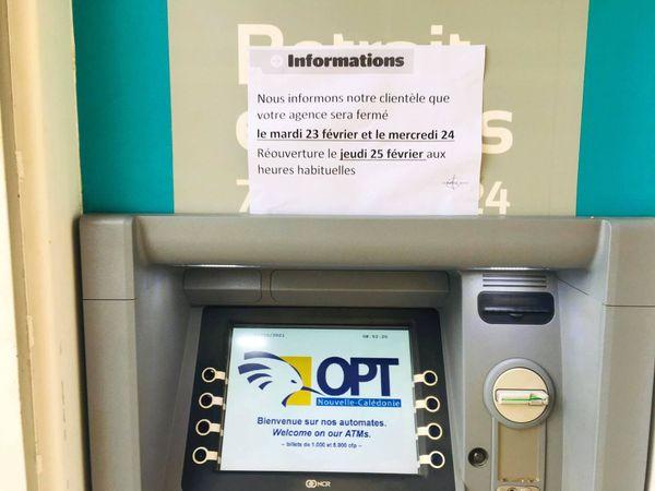 Kouaoua, ville morte, agence OPT fermée, 23 février
