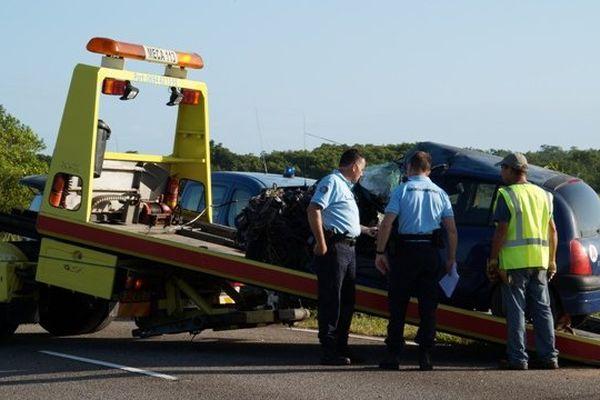 Accident sur la route de Kourou