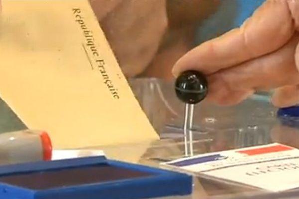 vote urne bulletin