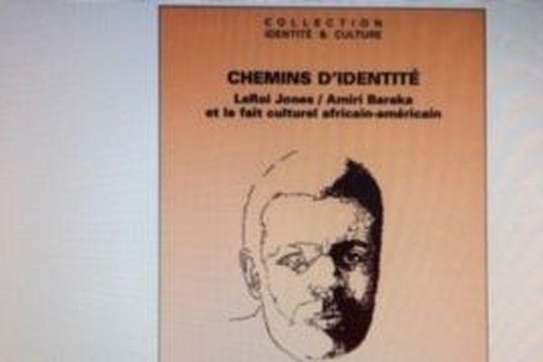 ''Chemins d'Identité''