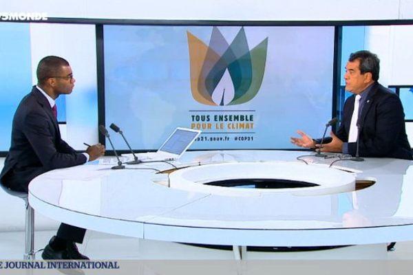 Edouard Fritch porte parole des pays océaniens à la COP 21 sur TV5 monde
