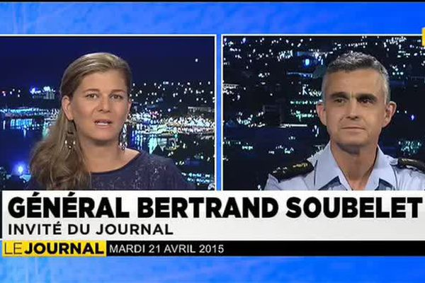 Le général Bertrand Soubelet, commandant de la gendarmerie outremer invité du JT