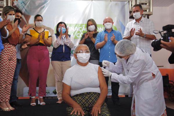 Première vaccination anti covid à Macapa