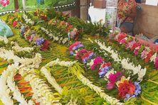 Au marché de Papeete, ces colliers sont plutôt achetés par des locaux, moins par des touristes américains.