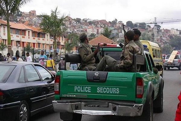 Police malgache à Tana