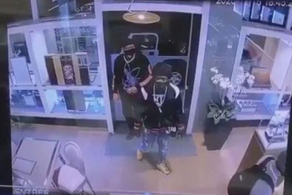 Image de vidéo-surveillance du braquage de bijouterie à Saint-Barth - 16/12/2020