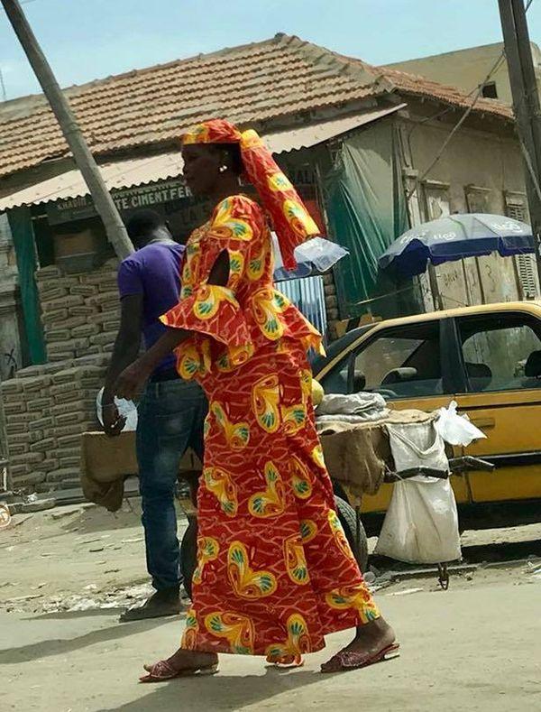 Spirit of Nouméa en Afrique : scène de rue à Saint-Louis du Sénégal (2017)