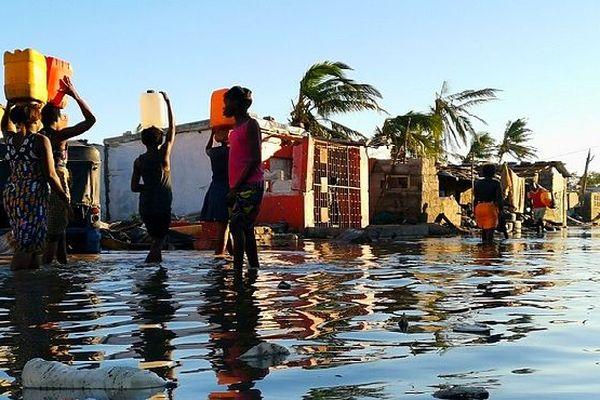 Le Mozambique les pieds dans l'eau