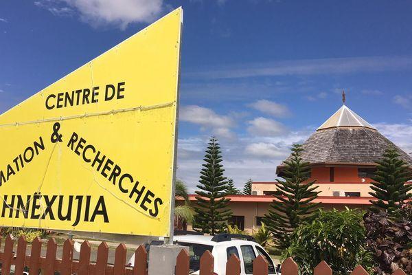 Lifou centre de formation et de recherches langues kanak