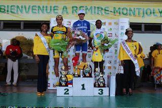 Le podium de la première étape