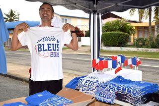 Préparatifs finale France-Coratie en Calédonie, 15 juillet 2018: les t-shirts