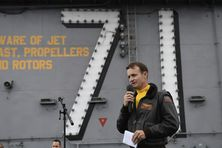 Brett Crozier le commandant du USS Theodore Roosevelt avant son limogeage