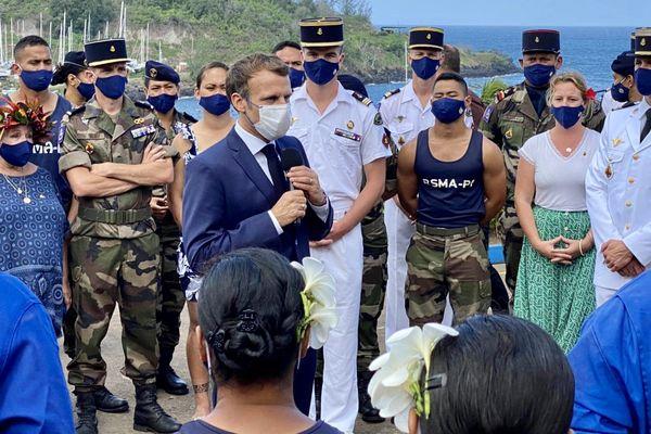 Emmanuel Macron au RSMA de Hiva Oa