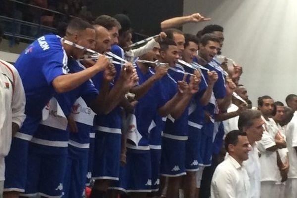 JIOI 2015 basket