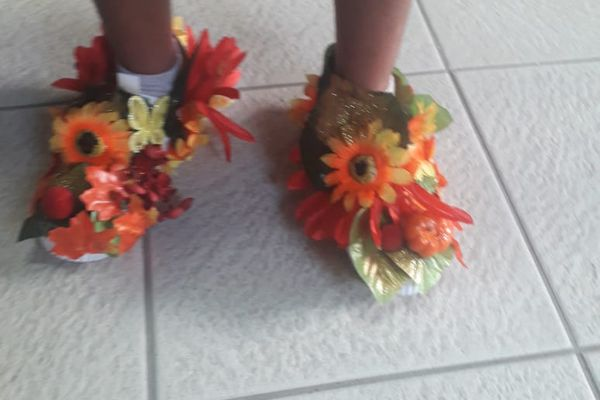 """""""Crazy Shoes Day"""" jardin"""