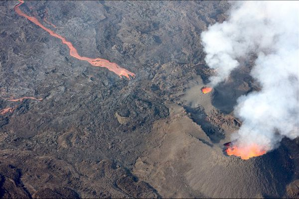 volcan piton de la fournaise éruption site éruptif 200421