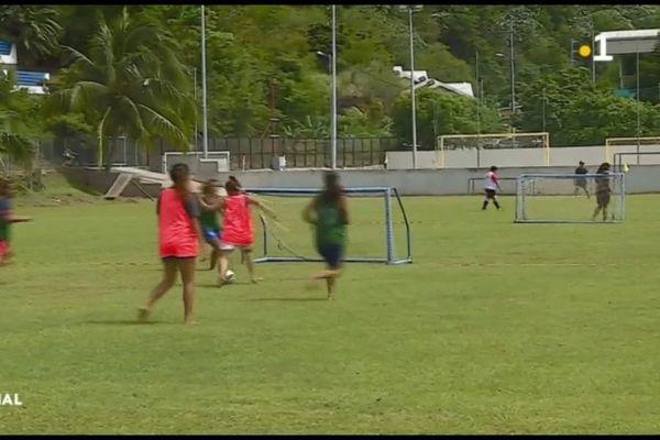 200 footballeurs participent au championnat des lycées